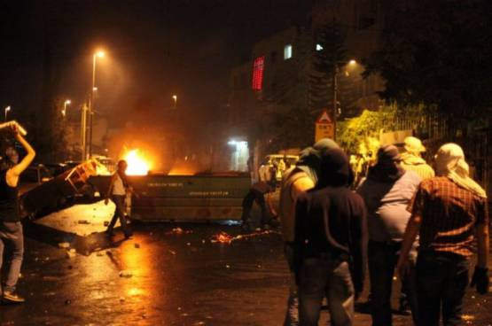 إصابة خطيرة لشاب برصاص الاحتلال في الخليل