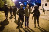 العدو يعتقل ثمانية مواطنين خلال مداهمات بمدن الضفة