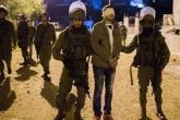 الاحتلال يعتقل 7 مواطنين خلال مداهمات برام الله