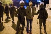 الاحتلال يعتقل 8 مواطنين خلال مداهمات بالضفة