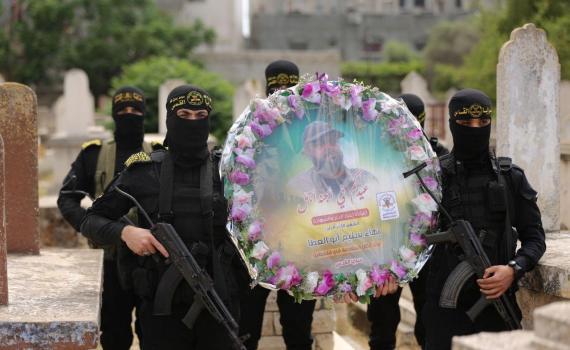 زيارة قبر الشهيد بهاء أبو العطا (21)