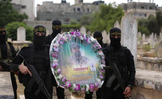 زيارة قبر الشهيد بهاء أبو العطا (24)