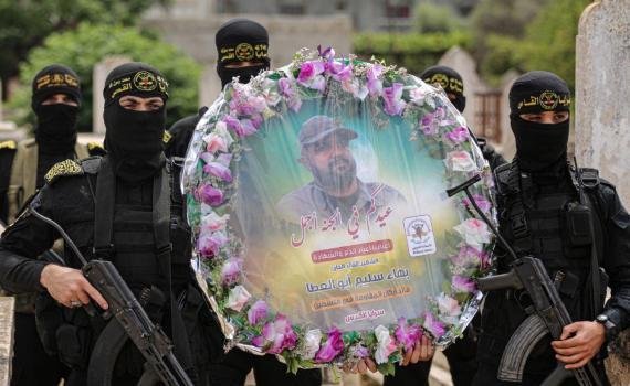 زيارة قبر الشهيد بهاء أبو العطا (12)