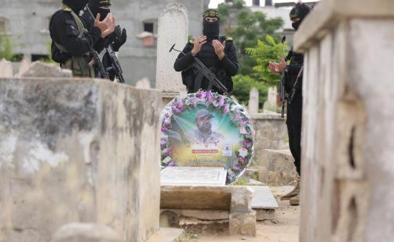 زيارة قبر الشهيد بهاء أبو العطا (25)